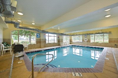 Comfort Suites Eugene Indoor Pool And Spa 6 of 8