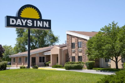 Days Inn Airport 1 of 8
