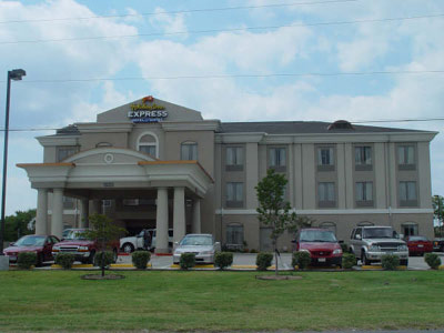 Holiday Inn Express Hotel & Suites Duncanville 1 of 7