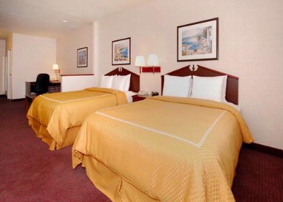 Our Spacious Double Queen Suite 8 of 13