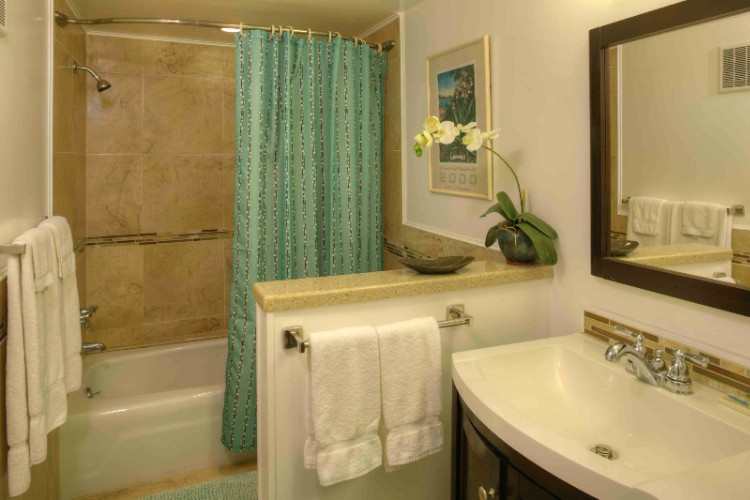 Bathroom From Unit 104 5 of 29