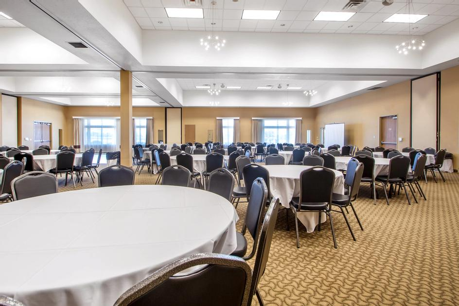 Conference Center/ballroom 13 of 15