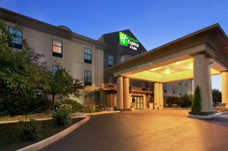 Holiday Inn Express Hotel Suites Marysville 411 Allenby Dr Oh 43040