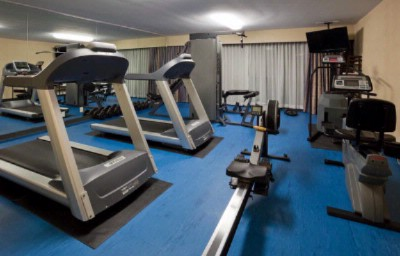 Fitness Centre 8 of 16