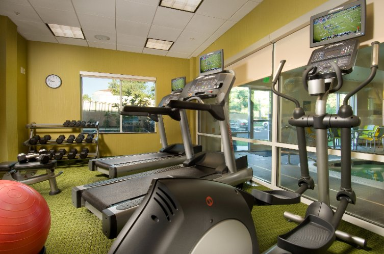 Our Fitness Center Is Open 24 Hours And Includes Cardio Equipment Free Weights Mats & Yoga Balls 9 of 31