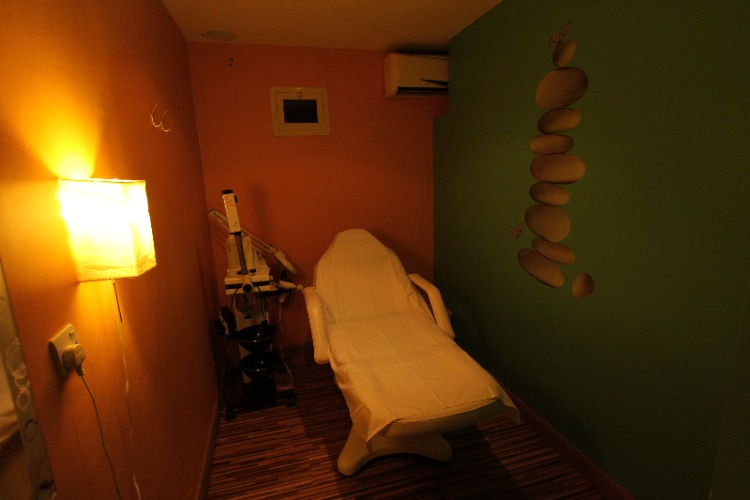 Massage Room 11 of 17