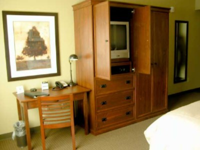 Deluxe Rooms Are Beautiful And Well-Appointed. 9 of 11