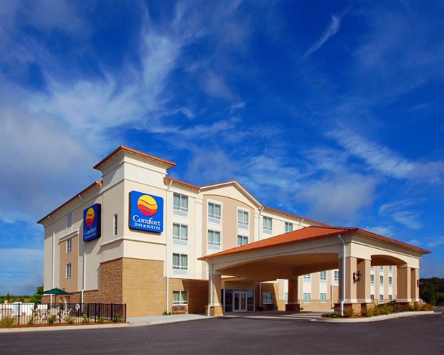 Comfort Inn & Suites Brand New!