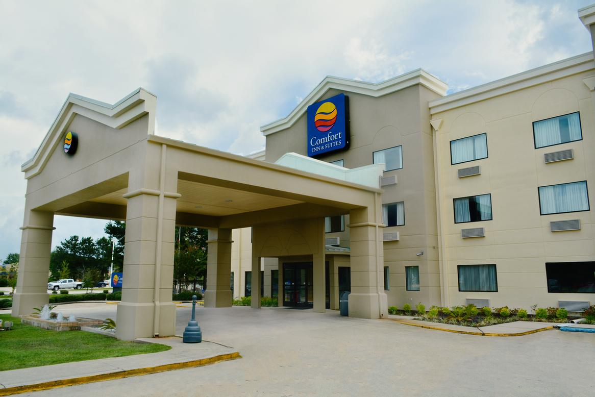 Comfort Inn & Suites Covington Louisiana 1 of 24