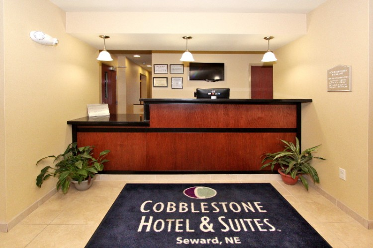Cobblestone Hotel & Suites Seward 1 of 6