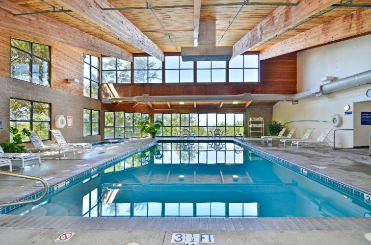 Indoor Pool And Jacuzzi 11 of 24