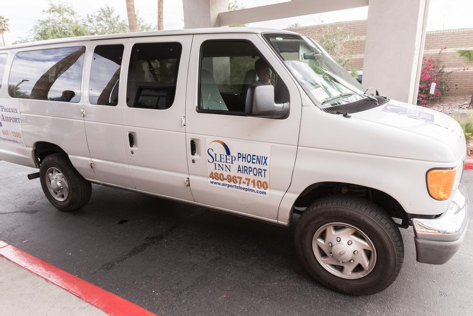 24 Hours Free Shuttle Service To & From The Phoenix Sky Harbor Airport 5 of 17