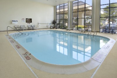 Indoor Heated Pool 7 of 9