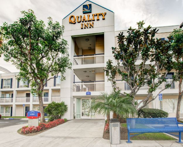 Quality Inn Placentia 1 of 30