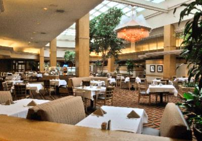 Atrium Dining Room -Whether It\'s Breakfast Lunch Or Dinner Let Executive Chef Pete Aiello Pamper Your Taste Buds. 7 of 15