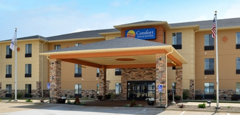 Comfort Inn & Suites 1 of 30