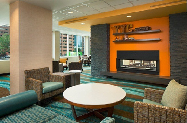 Relax In Our 2nd Floor Breakfast Lounge 3 of 15
