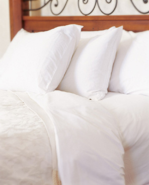 Luxurious Linens And Bedding 5 of 8