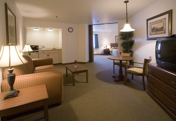 Hospitality Suites Available For A Stay And To Entertain Friends And Family 5 of 12