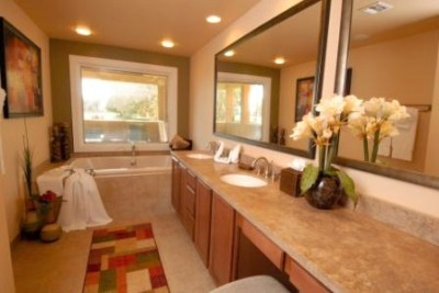Guest Room Bathroom With Whirlpool Tub 3 of 11