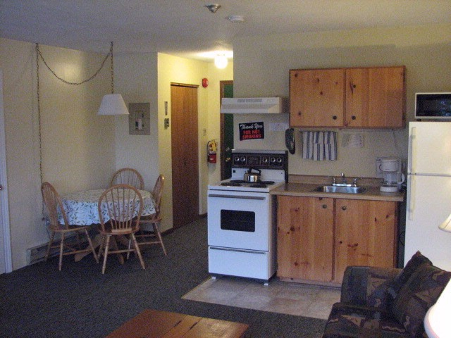 All Suites In Inn Have Kitchen 5 of 7