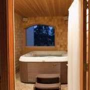 Private Thornycroft Hot Tub Suite 13 of 29