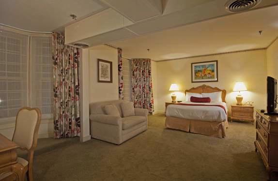 Main Inn Room 14 of 29