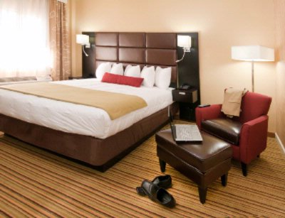 Best Western Plus Inn at the Peachtrees King Room