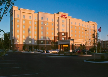 Hampton Inn & Suites University Area
