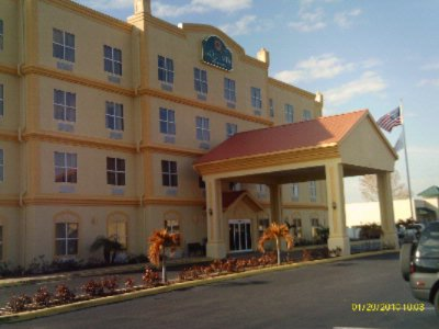La Quinta Inn Suites Tampa Central 3826 W Waters Ave Fl 33614