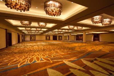 Royal Ballroom 8 of 10