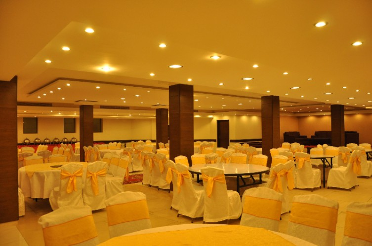 Banquet Hall 9 of 13