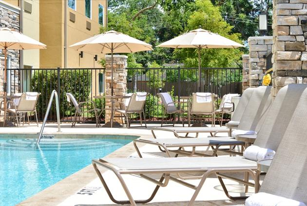 Relax & Refresh In Our Outdoor Pool. 19 of 21
