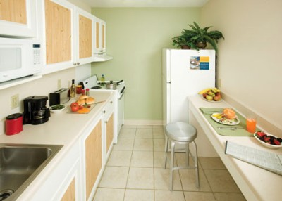 Full Kitchen 3 of 3