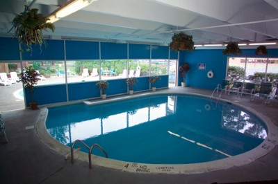 Indoor And Outdoor Pools 4 of 10