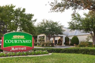 Courtyard by Marriott Dfw Airport North 1 of 31