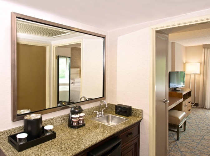 All Two-Room Suites Featuring A Spacious Parlour Area 6 of 7