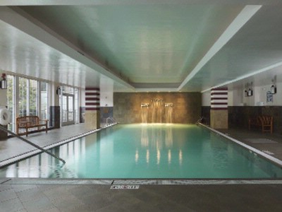 Indoor Pool 6 of 10