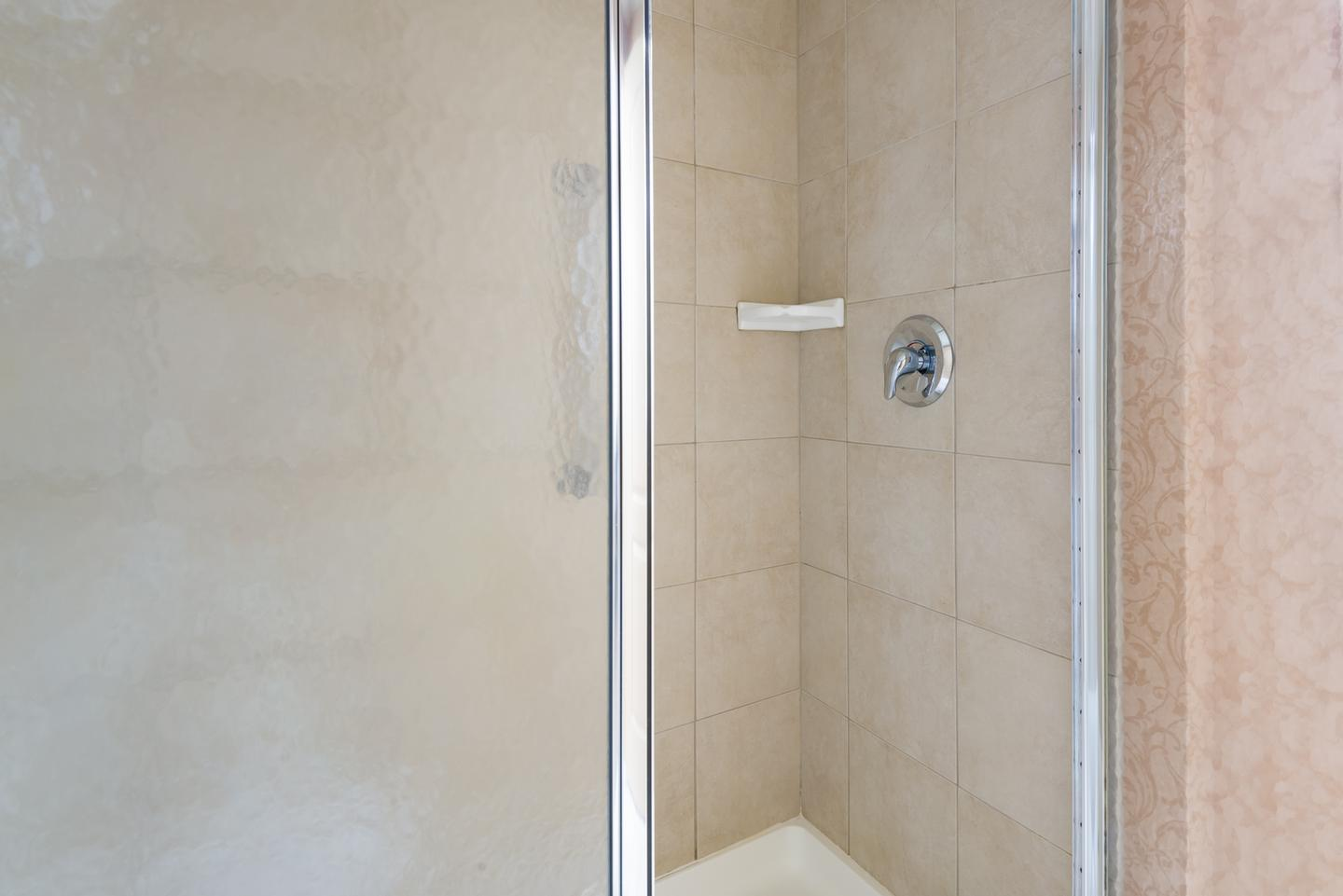 Studio Suite Shower 16 of 30