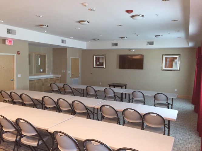 Spacious Meeting Room For Events Parties Receptions And Much More. 6 of 7
