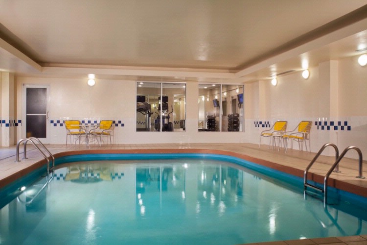 Indoor Swimming Pool & Hot Tub 9 of 12