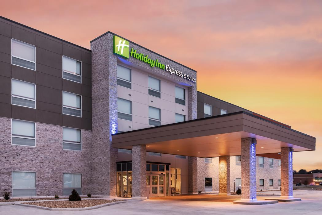 Holiday Inn Express 1 of 6