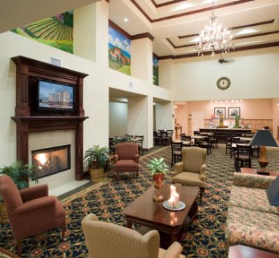 Enjoy Breakfast In Our Beautiful Lobby! 5 of 9