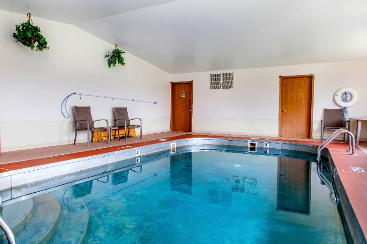 Indoor Heated Swimming Pool 23 of 23