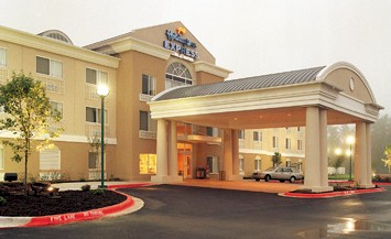 Holiday Inn Express & Suites Longview 1 of 6