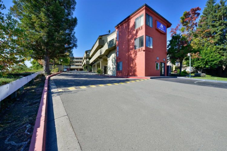 Americas Best Value Inn Six Flagsvallejo / Napa Valley 1 of 13