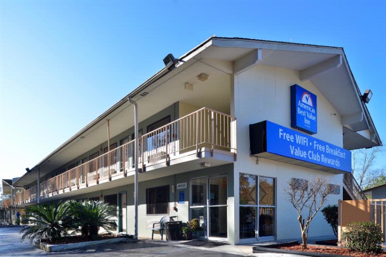 Americas Best Value Inn Wilmington 1 of 12