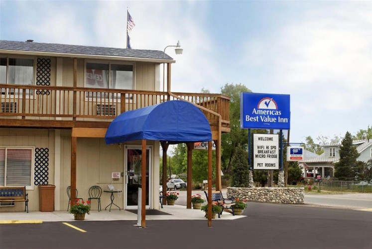 Americas Best Value Inn Sheridan 1 of 11
