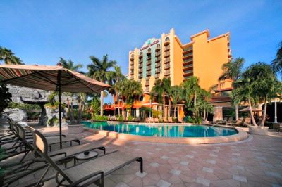 Embassy Suites 361-all Suites Property Centrally Located Near Downtown Shopping And The Beach!