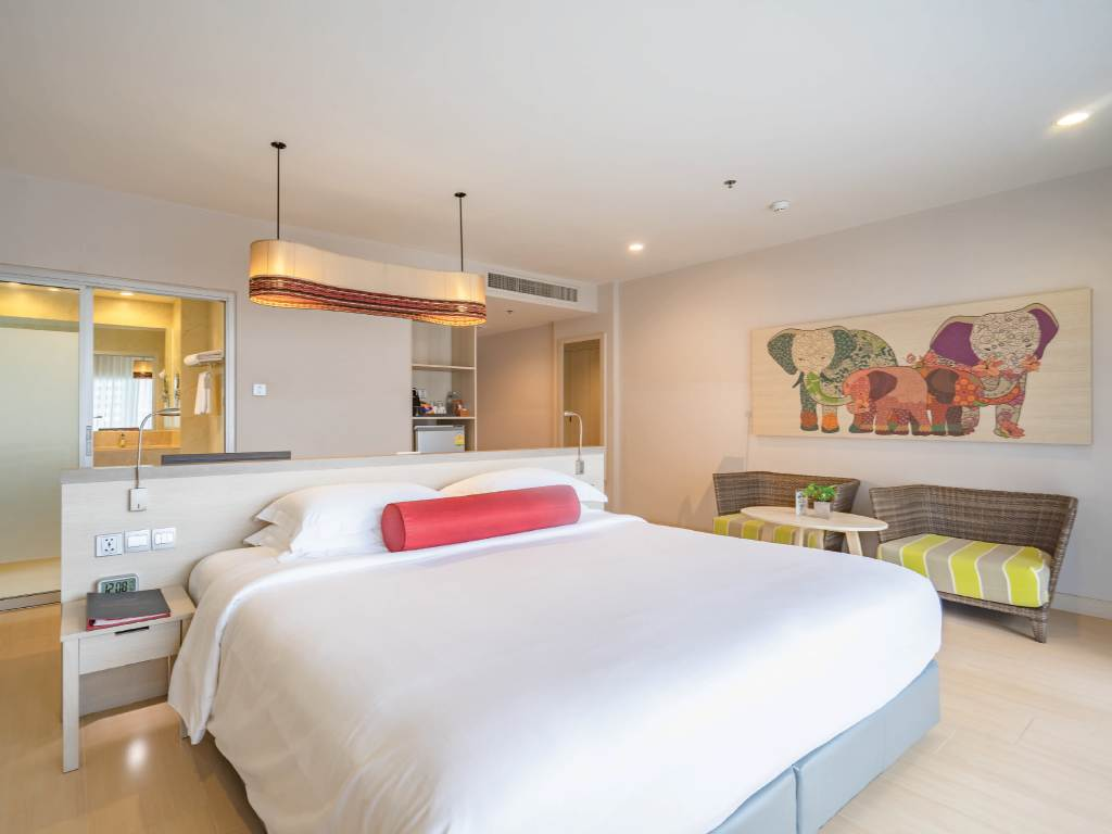 Ramada Phuket Deevana -Deluxe Room Double Bed 17 of 30